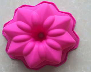 Flower Shaped Silicone Cake Pan