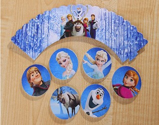 24 piece Frozen Cupcake wrappers & topper set